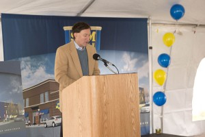 Hormel Foods CEO Jeff Ettinger speaks at the groundbreaking ceremony.